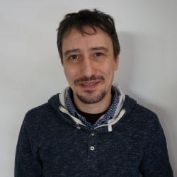 Francesco Federico<br>教師